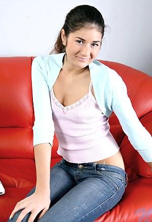 Brunette Teen Porn Pictures